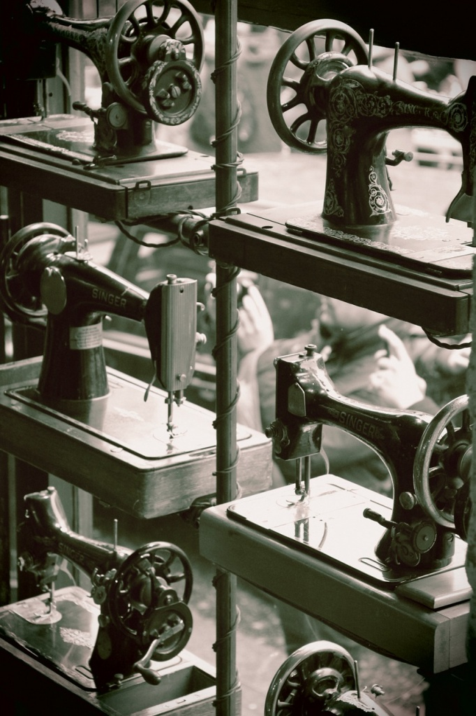 sewing machine, sewing machine history, history of sewing machines